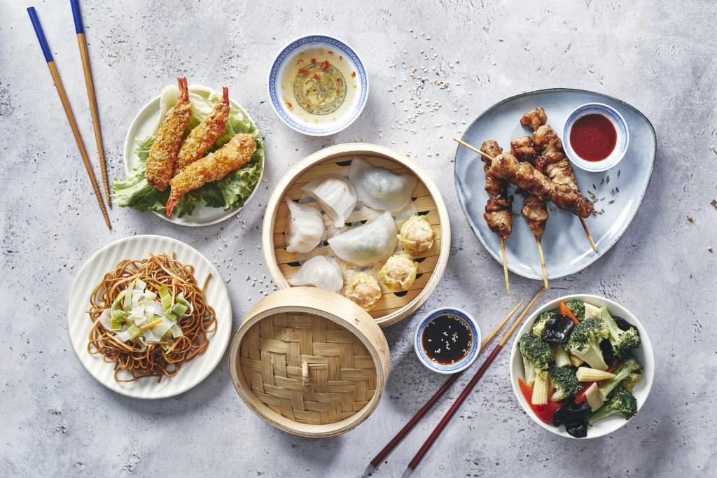 Ensemble des plats de qualité des restaurants Veng Hour situés en centre commercial